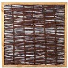 Weiden-Zaun / Weiden-Zäune als Sichtschutz im Maß 120 x 120 cm ( Breite x Höhe ) als Flechtzaun aus Weide und braun gebeizten Holzrahmen