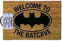 Welcome To The Bat Cave, Türmatte