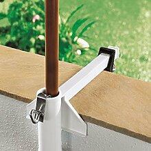 WENKO Sonnenschirmhalter FLEXI - Stahl - weiß - Schirmhalter für Balkon oder Terasse für breite Geländer