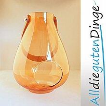 Windlicht in 6 Farben und 2 Größen aus Glas mit Lederriemen zum aufhängen (23 cm, Orange)