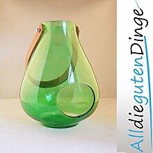 Windlicht in 6 Farben und 2 Größen aus Glas mit Lederriemen zum aufhängen (27 cm, Grün)