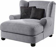 XXL-Sessel / Grauer Polstersessel mit Kugelholzfüßen, großer Sitzfläche, Polsterung und 2 weichen Zierkissen / 120x100x145 (BxHxT)