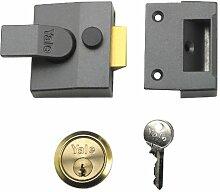 Yale Locks 85Nachtriegelschloss mit Chrom-Finish