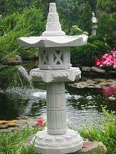 Yukimi auf Säule Hk japanische Steinlaterne