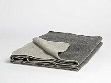 Yumeko Decke - Wolldecke - Merinowolle - 150x220 cm - Naturfarben: Dark Grey/Light Grey - Dunkelgrau/Hellgrau - warm - feuchtigkeitsabsorbierend - atmungsaktiv - Schurwolle von Merinoschafen - ökologisch