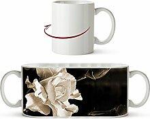 zarte rosa Blüte Effekt: Sepia als Motivetasse 300ml, aus Keramik weiß, wunderbar als Geschenkidee oder ihre neue Lieblingstasse.