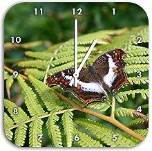 zarter Schmetterling auf Farnblatt, Wanduhr