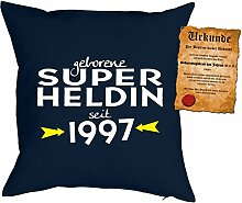 zum 21 Geburtstag Geschenkidee Kissen mit Füllung geborene Super Heldin seit 1997 Polster zum 21 Geburtstag für 21-jährige Dekokissen mit Urkunde