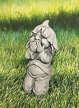 Zwerg kniend hält Hände vor dem Mund Dekofigur Gartendeko Figur